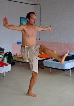 Miguel streching
